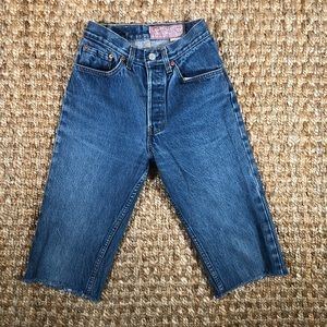 Vintage LEVIS 501 High Waisted Mom Jeans USA Crop